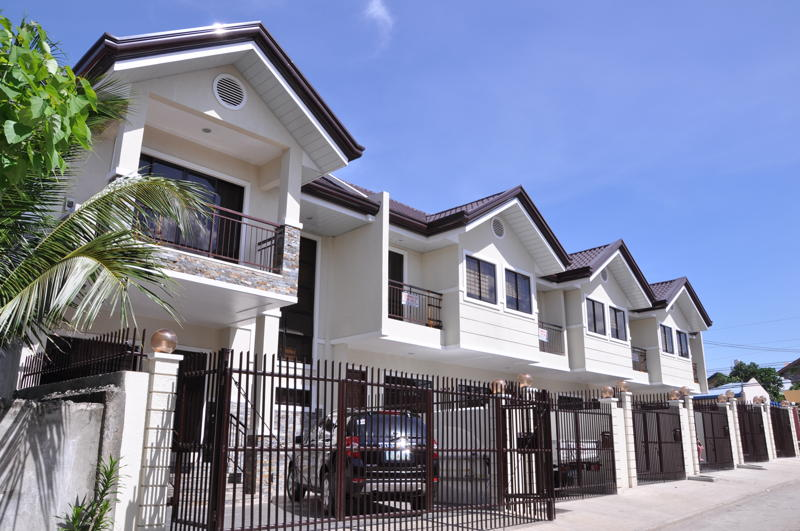 Lanang Townhouses with Easy Payment Methods For Sale!